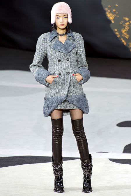 Chanel Fall RTW 2013 Look 8