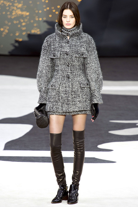 Chanel Fall RTW 2013 Look 7