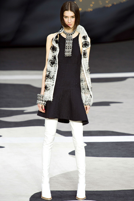 Chanel Fall RTW 2013 Look 75